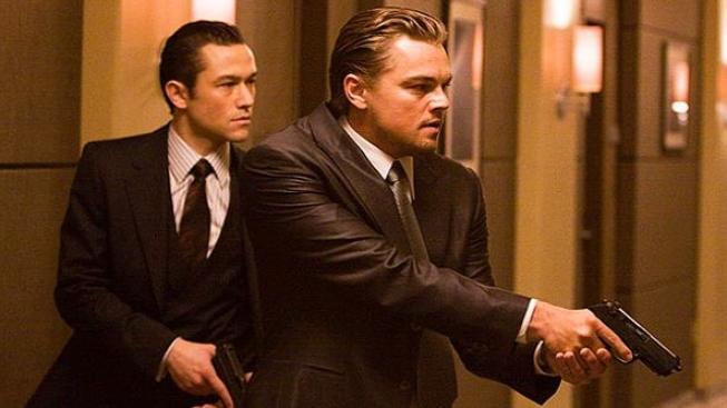 Počátek, Inception, Joseph Gordon-Levitt, Leonardo DiCaprio