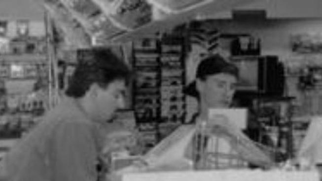 Mladí muži za pultem (Clerks.)