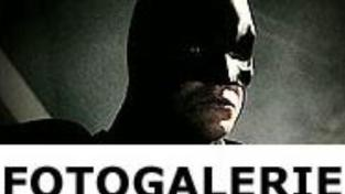 Recenze upoutávek: Batman Begins, Innocence (US), THX 1138