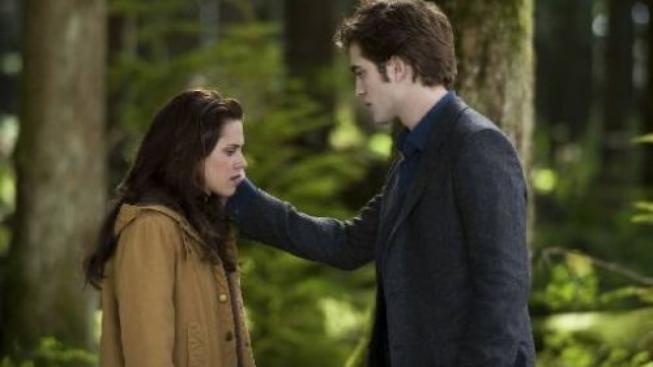 Upírská romance Twilight sága: Nový měsíc stále láká do kin