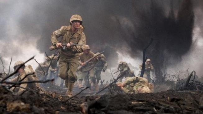 The Pacific od Spielberga a Hankse: Válečný příběh tří mariňáků ožívá