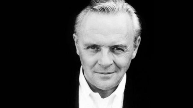 Hopkins se kvůli novému filmu proměnil v Hitchcocka
