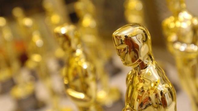 Na moderátorskou a exmanželsou dvojici lákají letošní Oscary
