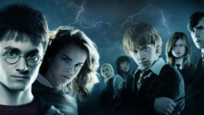 První nápad na příběh o Harrym Potterovi se zrodil před 20 lety