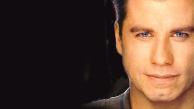 John Travolta s manželkou daroval peníze na dětský fond
