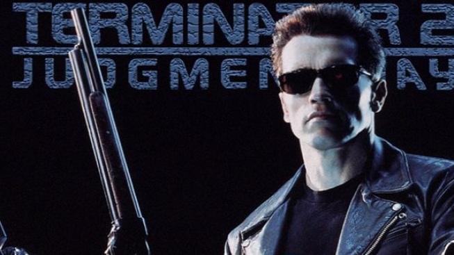 Schwarzenegger přirovnává Mela Gibsona k úniku ropy v Mexickém zálivu