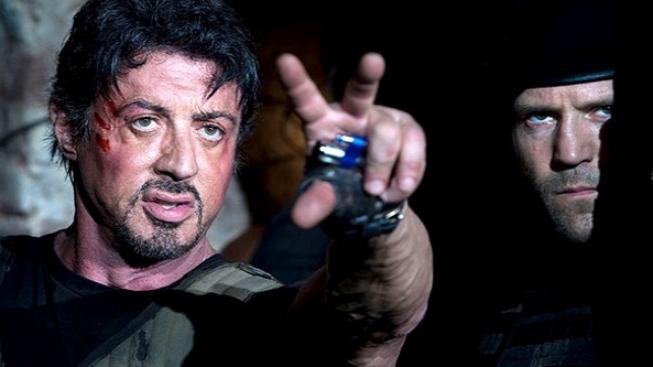 """Stallone představil svůj """"drsný snímek"""" Expendables: Postradatelní"""
