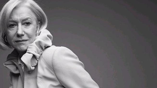 Helen Mirren se při natáčení snímku Red naučila střílet ze zbraní
