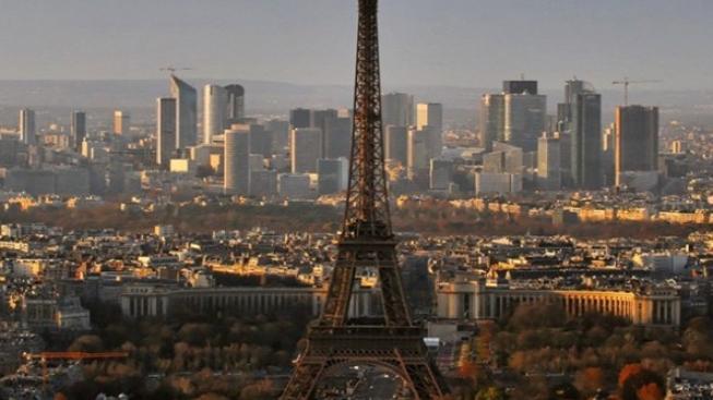 Mnoho významných tvůrců si k natáčení vybírá Paříž díky daňovým úlevám