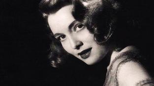 Oscarová herečka Patricia Neal zemřela ve věku 84 let