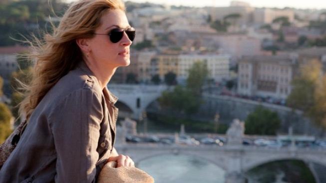 Julia Roberts prý při natáčení filmu Jíst, meditovat, milovat přibrala