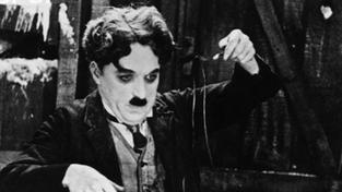 Věci z vily Charlieho Chaplina se budou dražit