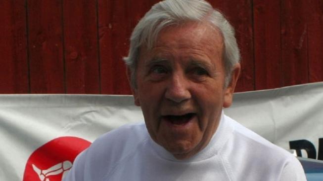 Britský komik Norman Wisdom zemřel