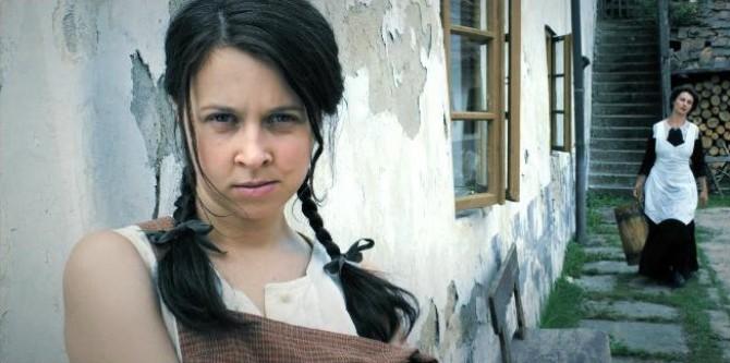 http://dokina.timg.cz/2010/11/13/41863-hlava-ruce-srdce-3-670x333.jpg