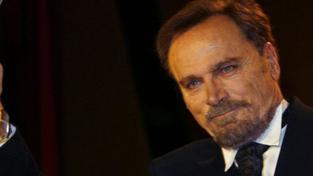 Filmový elegán Franco Nero je sedmdesátníkem