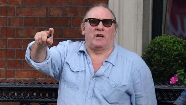 Depardieu prý zahraje Strausse-Kahna, protože ho nemá rád