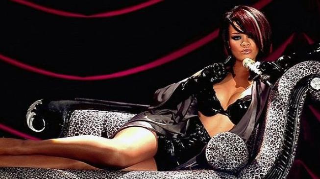 Rihanna by chtěla ve filmu hrát Houstonovou