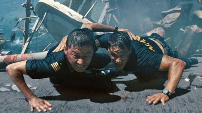 Novinka Bitevní loď obsadila čelo žebříčku návštěvnosti kin