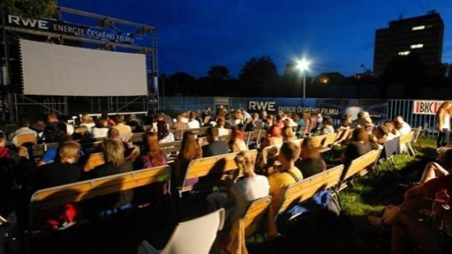 Brněnské letní kino uvede o prázdninách každý den jiný film