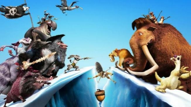 Animovaná Doba ledová 4 stále kraluje víkendové návštěvnosti