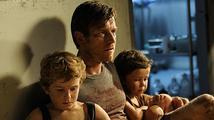 Film Nic nás nerozdělí připomíná úder ničivé vlny cunami