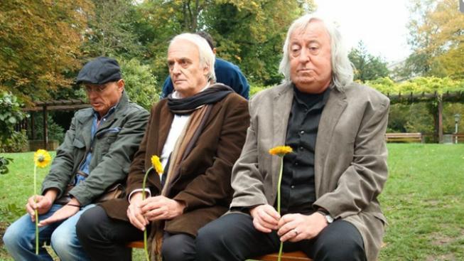Oldřich Kaiser, Jiří Lábus a Didier Flamande ve filmu Klauni