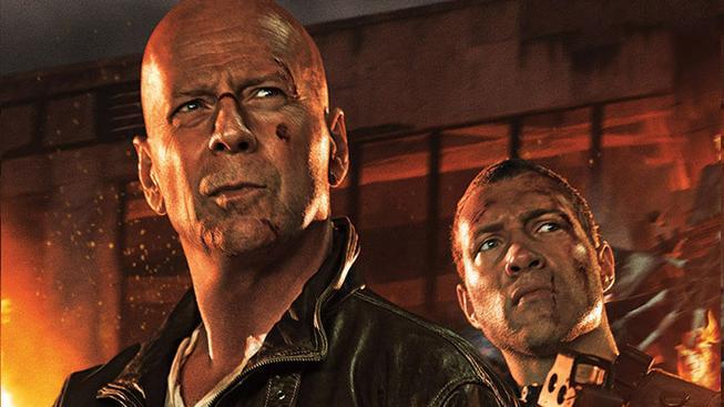 Bruce Willis a Jai Courtney ve filmu Smrtonosná past: Opět v akci
