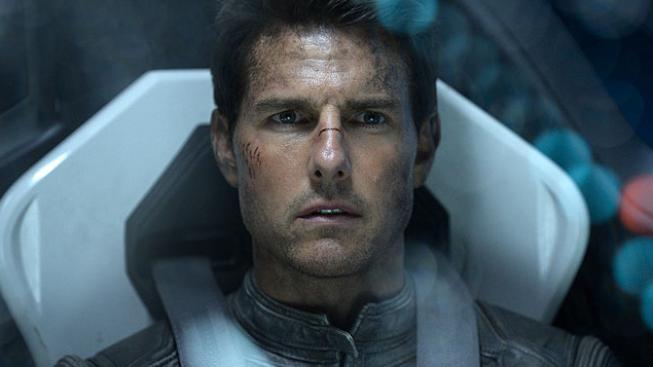 Toma Cruise bude ve vesmíru natáčet Doug Liman