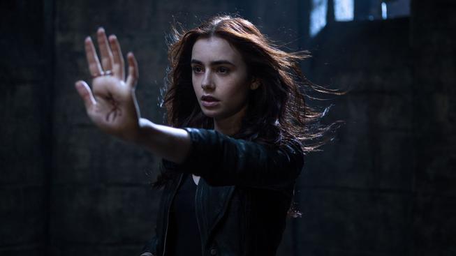 Pět věcí, které nesmí chybět v žádné fantasy pro teenagery