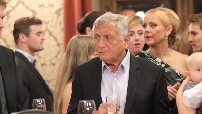 Jiří Menzel se vrací s komedií Donšajni. Spraví si reputaci?