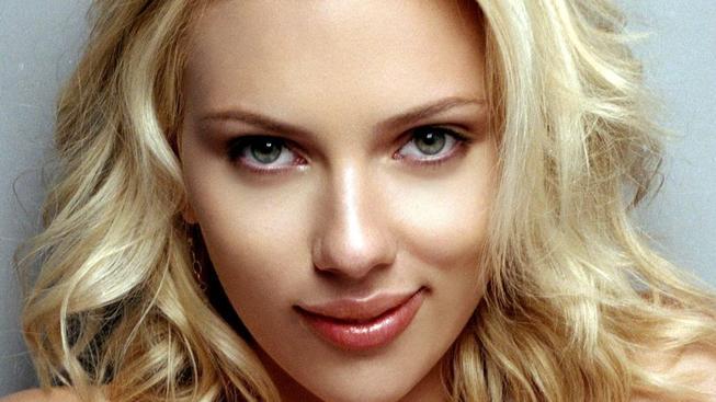 Scarlett-Johansson-scarlett-johansson-8836765-1600-1200