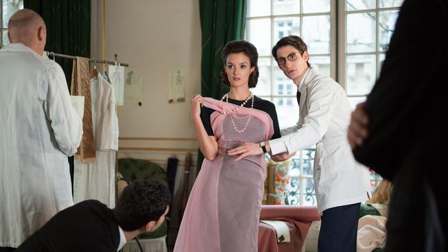 Yves Saint Laurent - recenze filmu o slavném módním návrháři