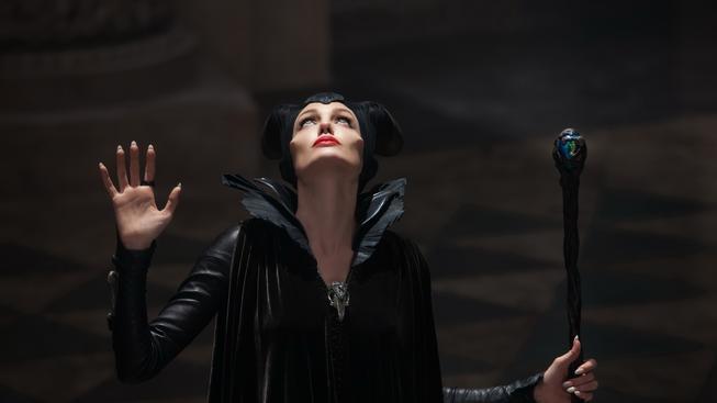 Zloba Angeliny Jolie je dalším filmem, který postaví pohádky na hlavu