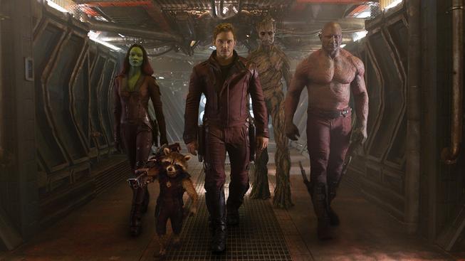 Nejúspěšnějším filmům roku 2014 v USA zatím kralují Strážci Galaxie s hrdinou mývalem