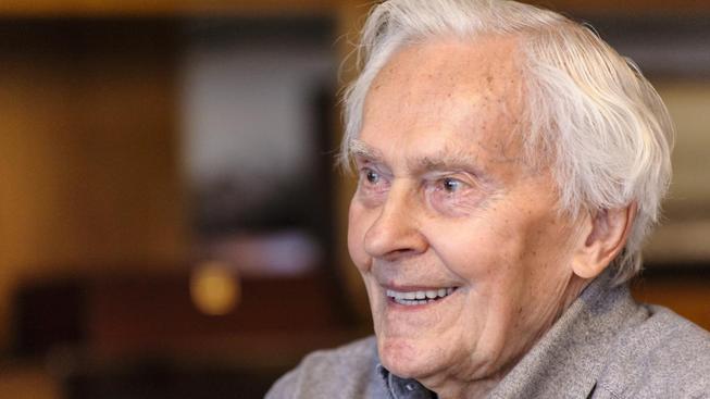 Století Miroslava Zikmunda - recenze vydařeného dokumentu o životě známého cestovatele