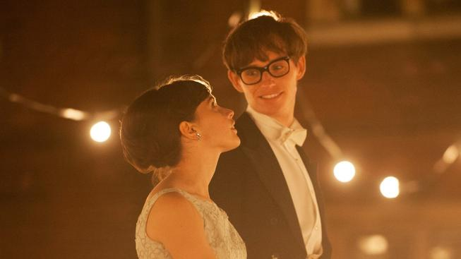 Teorie všeho - recenze filmu o životě Stephena Hawkinga