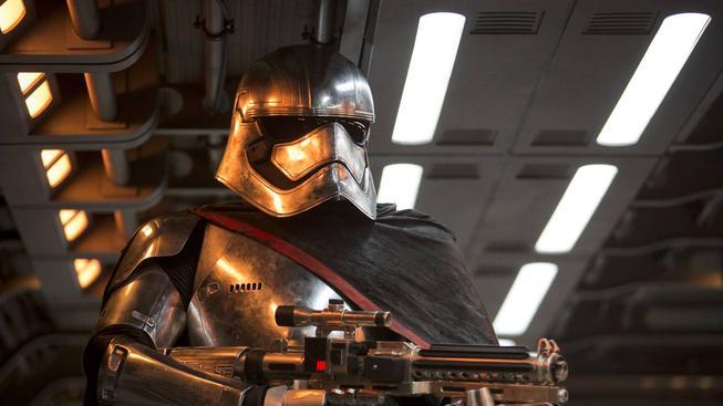 Star Wars: Síla se probouzí - podívejte se na zbrusu nové fotky