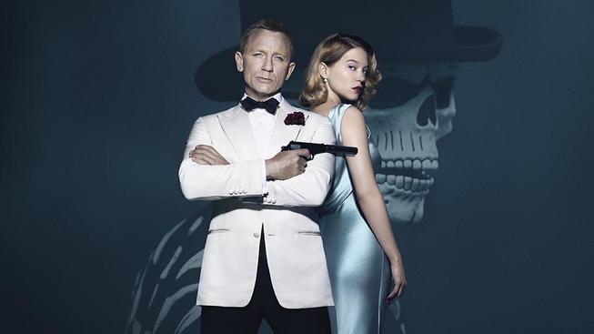 Spectre se hlásí s novou Bond girl na plakátu