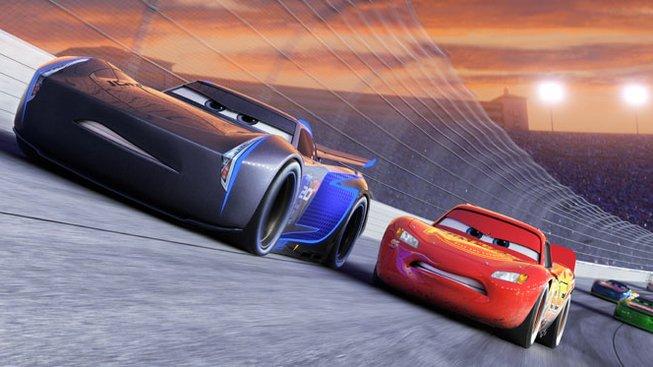 První ukázka na třetí Auta staví McQueena do těžké role