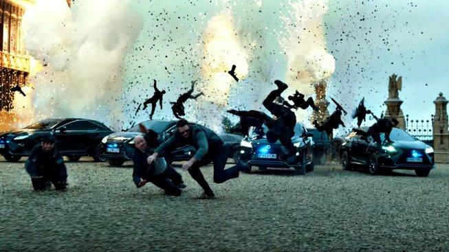 Optimus Prime vs Bumblebee: souboj titánů je tahákem nových Transformers