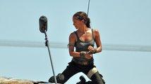 Lara Croft v akci: podívejte se na první fotky z Tomb Raidera