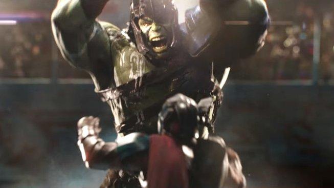 Thor: Ragnarok – podívejte se na první ukázku a souboj Thora s Hulkem