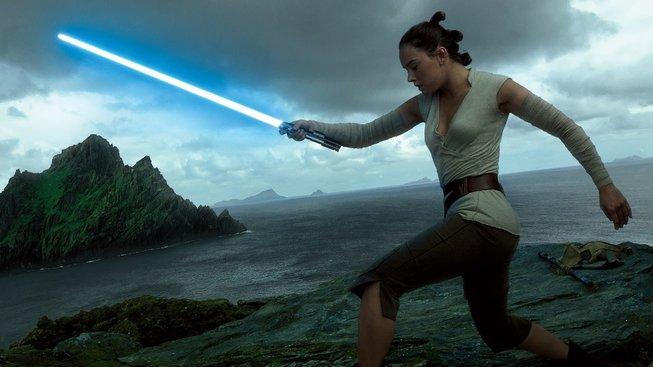 """Stříhala původní Star Wars, teď kritizuje nové: """"Otřesné"""""""