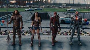 Dotáčky Justice League prý komplikuje Supermanův knír