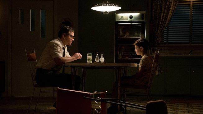 Suburbicon: scénář od Coenů, za kamerou Clooney, před ní Damon