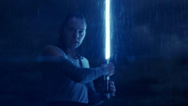 Nový klip ze Star Wars: Poslední z Jediů naznačuje velký střet hlavních hrdinů