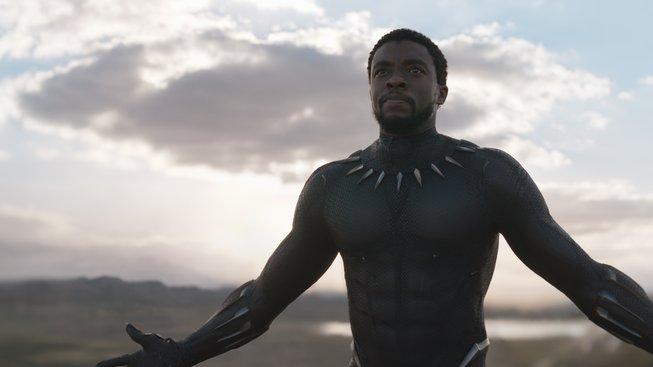 """Black Panther zesměšnil """"velkolepou"""" Ligu Spravedlnosti za pouhých pár dnů"""