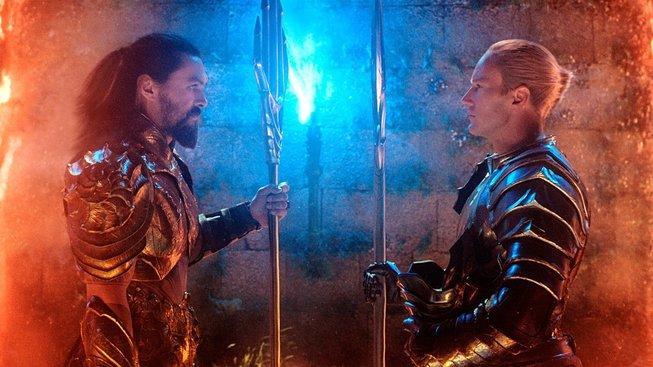 Aquaman se předvádí na nových fotkách, trailer bude co nevidět