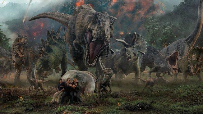 Na co jít DOKINA: Vydejte se na útěk před dinosaury nebo božskou Amy Schumer