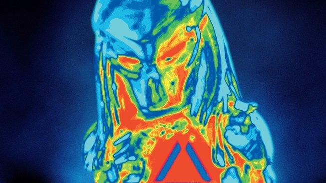 Finální trailer na Predátor: Evoluce má konečně ten správný říz